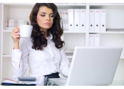 Как правильно выбрать летнюю одежду в офис / AVStyle