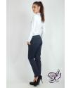 Классические зауженные брюки с кармашками